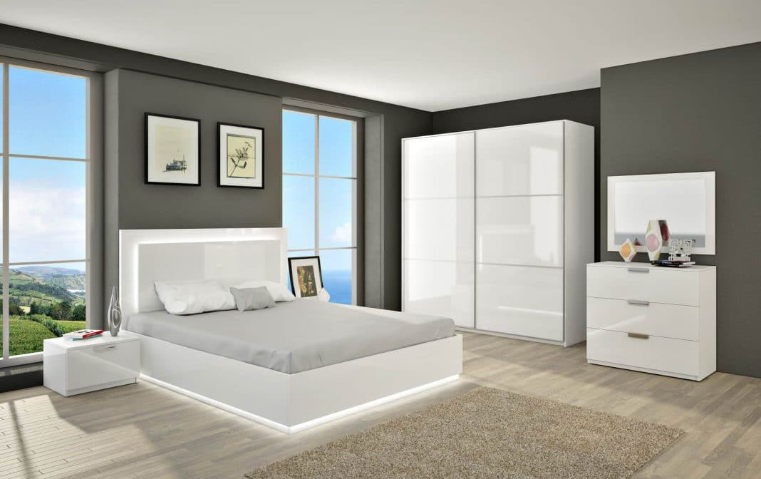 Beautiful chambre gris et blanc ideas for Chambre grise