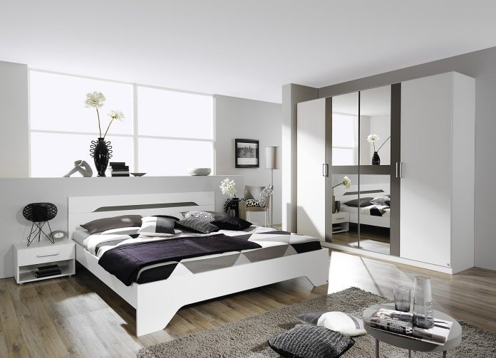 chambre grise et blanche 19 id es zen et modernes pour se d marquer moderne house 1001. Black Bedroom Furniture Sets. Home Design Ideas