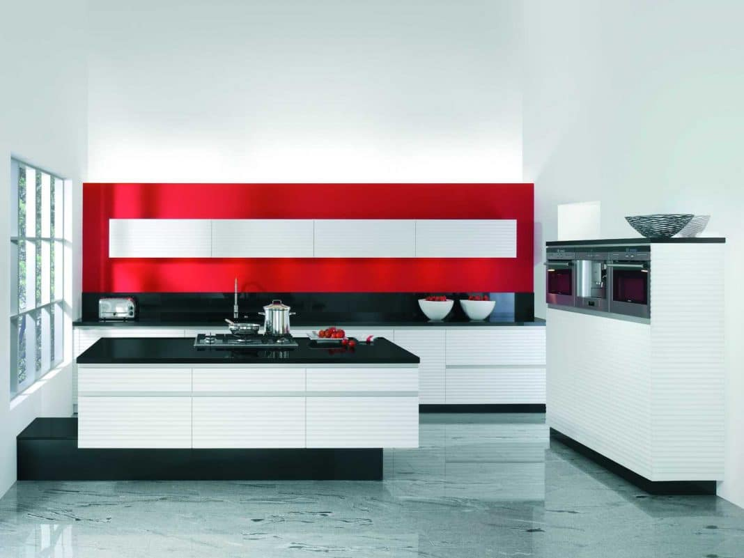 Cuisine rouge et blanche 13 id es et conseils pour l 39 agencer - Cuisine design rouge et blanc ...