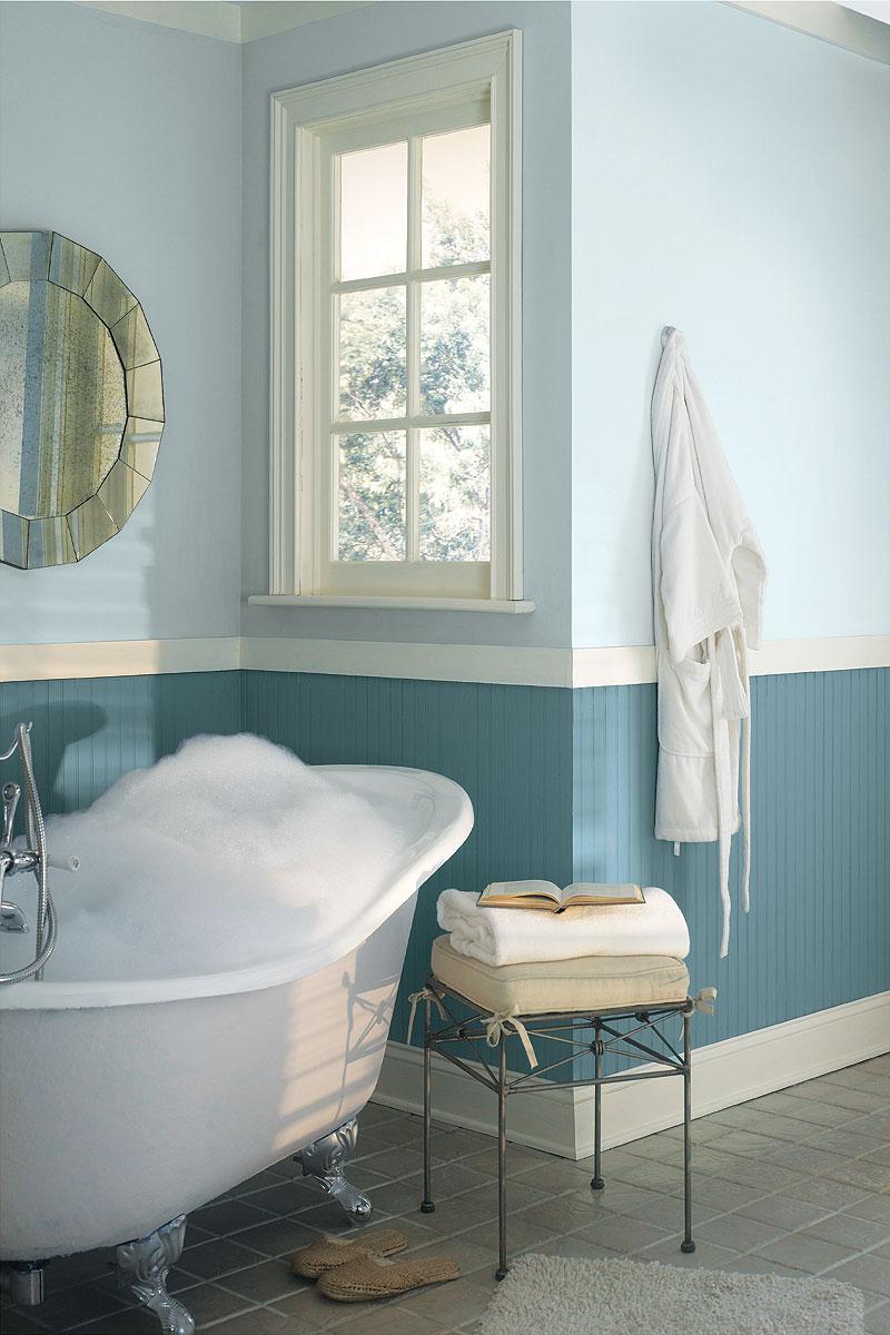 2 Couleurs Papier Peint Dans Une Chambre gris et bleu: deux couleurs en osmose dans la salle de bain (23 idées déco)