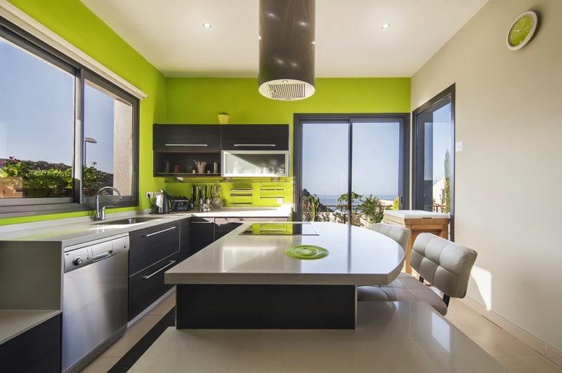 Connu Cuisine verte: 60 photos et conseils déco pour une cuisine pleine  ZR68