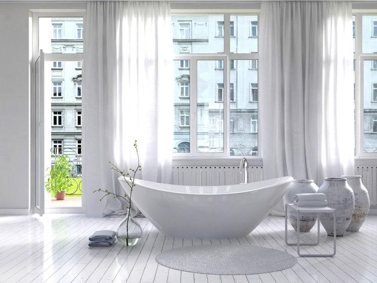 Salle de bain de luxe: 46 baignoires design et douches à l\'italienne