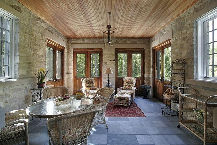 Maison de charme 80 exemples avec le bois et la pierre naturelle comme atouts - Salon rustique ...