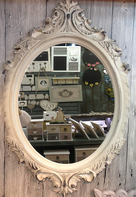 Miroir ancien chiné dans une brocante